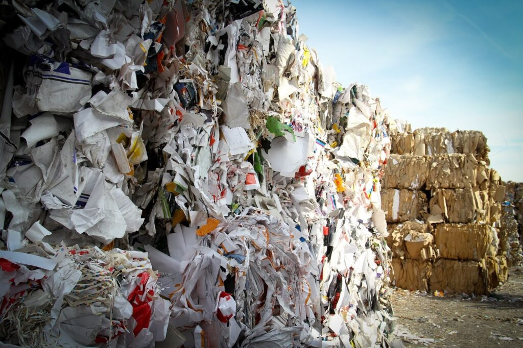 How to Avoid Health Hazards from Poor Waste Management?